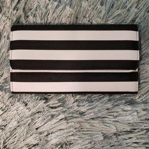 Kut from the Kloth Black White Stripe Wallet EUC